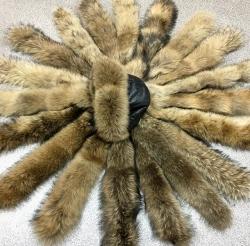 Меховая опушка из финского енота